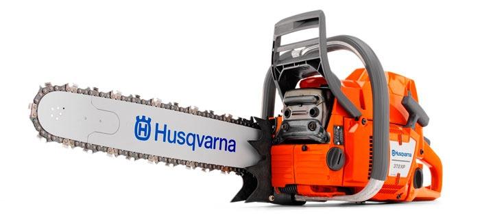 Бензопила Husqvarna 372 XP - надежная модель для работ повышенной сложности